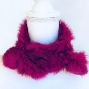 FAUX FUR BURGUNDYNECK SCARF with Versatile styling
